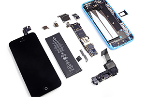 iPhone 5C teardown: ecco le prime foto dell'interno del dispositivo
