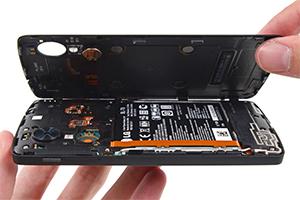 Nexus 5, capolavoro dentro e fuori: ecco le immagini degli interni