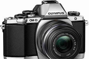 Olympus OM-D E-M10: piccola e aggressiva (nel prezzo)