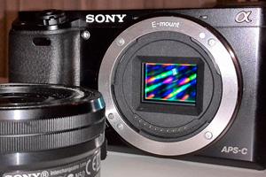 Sony ɑ6000: ecco dal vivo la nuova mirrorless