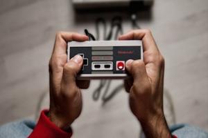 La storia dei controller per console in 18 foto