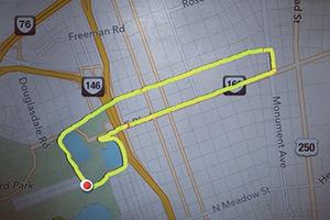 Claire Wyckoff, la ragazza che disegna correndo con il GPS, soprattutto falli