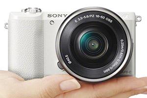 Sony Alpha A5100: piccola e con il cuore di A6000
