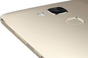 Huawei Ascend Mate7: foto ufficiali
