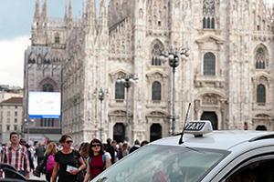 Leica SL: eccola all'opera per le strade di Milano