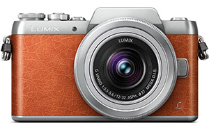 Panasonic Lumix GF8: per i selfie addicted