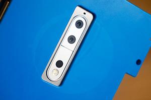 Nokia 9: le immagini del prototipo del nuovo top di gamma