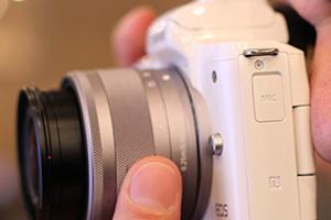 Canon EOS M50: eccola dal vivo