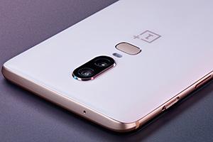 OnePlus 6: foto ufficiali in Silk White