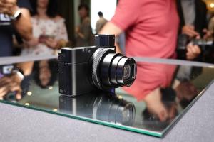 Sony Cyber-shot RX100VI annunciata ufficialmente