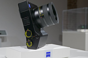 Zeiss ZX1: dal vivo la Full Frame compatta 35mm
