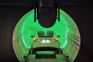 Elon Musk e il tunnel ad alta velocità per le sue Tesla