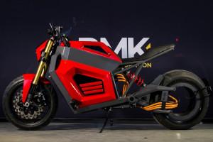RMK E2: motocicletta elettrica con motore nel cerchio posteriore, privo del mozzo