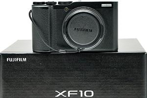 Fujifilm XF10: APS-C da taschino