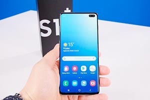 Samsung Galaxy S10+: ecco l'interfaccia ONE UI