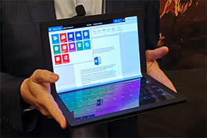 Lenovo Thinkpad X1 Foldable: il notebook con schermo flessibile