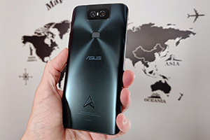 ASUS Zenfone 6 Edition 30: foto dal vivo