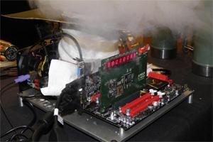 AMD FX a 8.429 MHz di frequenza di clock