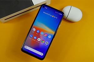 Google Pixel 4a: ecco Android 10 ''puro''