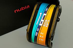 Nubia Watch: tanto schermo per nulla