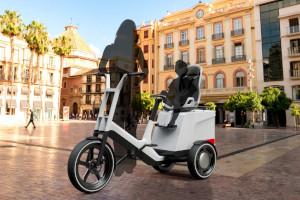 BMW, triciclo elettrico Dynamic Cargo