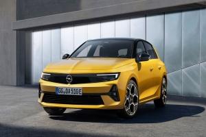Nuova Opel Astra, il mito rinasce elettrificato