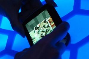Uno schermo flessibile al Nokia World 2011