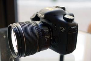 Anteprima Canon Eos 7D
