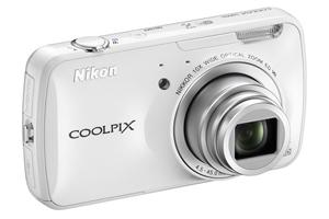 Nikon Coolpix S800c: la fotocamera Android