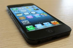 iPhone 5, il nuovo melafonino sfila in Hardware Upgrade
