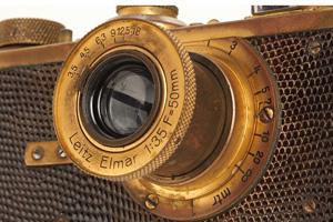 La prima Leica I Mod. A Elmar Luxus all'asta per €1.020.000