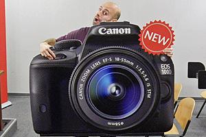 Canon EOS 100D: reflex piccola e leggera dal vivo al Photoshow