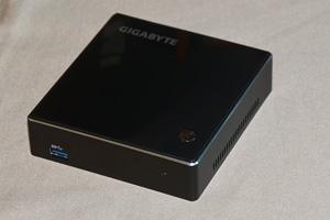 Brix, il mini PC Gigabyte che sta nel palmo di una mano